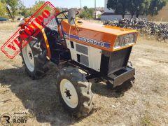 Trator Hinomoto E224