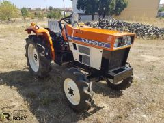 Trator Hinomoto E204