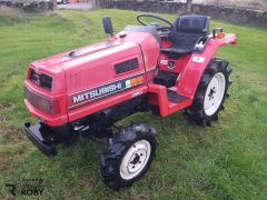Trator Mitsubishi MT15
