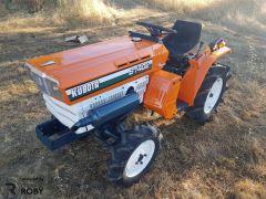 Trator Kubota B1402
