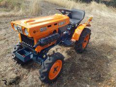 Trator Kubota B6001